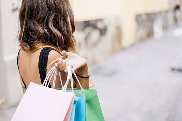 SERVICIOS - Consumo y Marketing
